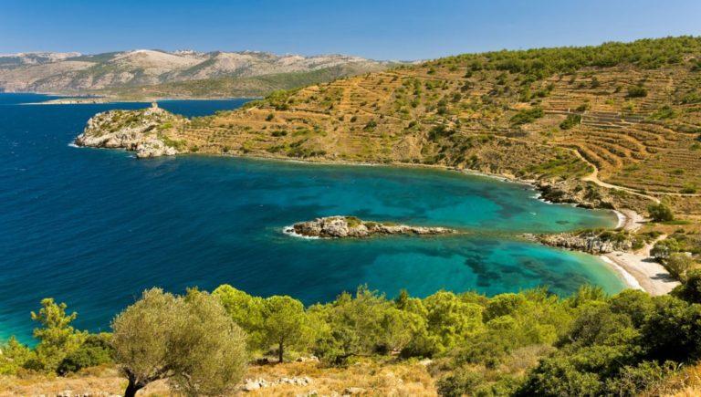 Români blocați pe o insulă din nordul Greciei.