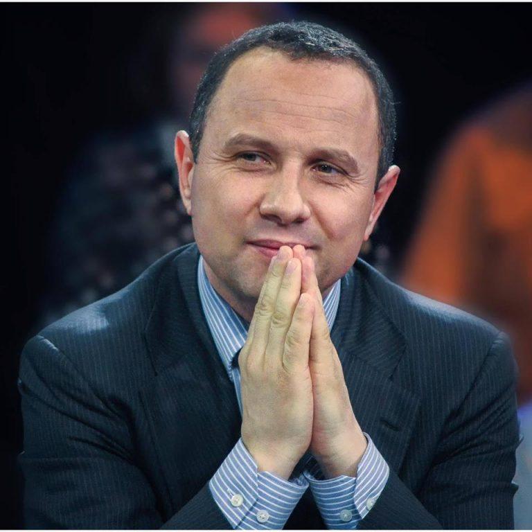 Președintele PNȚCD mătură pe jos cu Theodor Paleologu