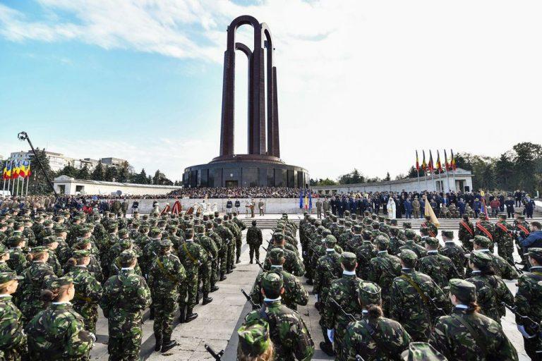 Ziua Armatei Române se sărbătoreşte în fiecare an pe 25 octombrie