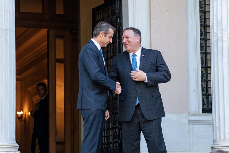 Secretarul de stat american, Mike Pompeo, şi ministrul grec de externe, Nikos Dendias, au semnat sâmbătă, la Atena, un acord de cooperare în domeniul apărării.