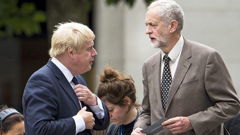 Boris Johnson câștigă alegerile din Marea Britanie.