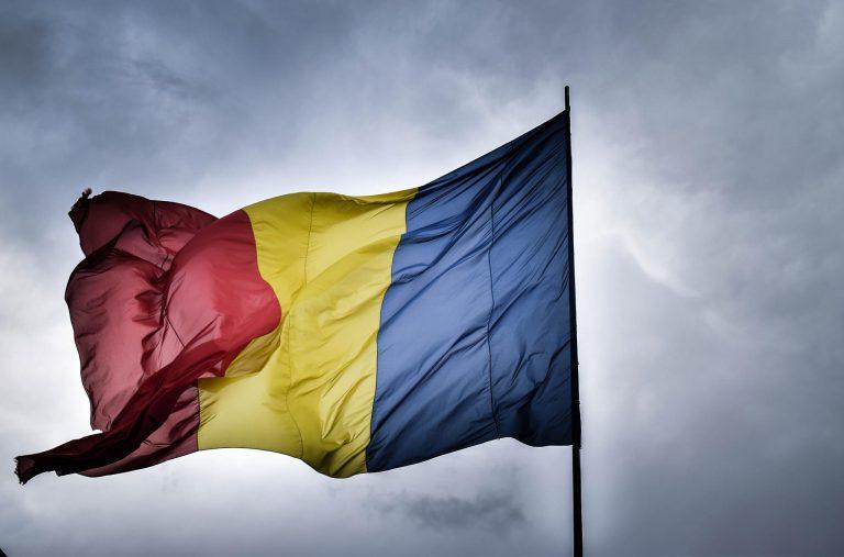 ROMÂNILOR ÎNȚELEGEȚI CĂ ANUL 2020 ESTE CRUCIAL PENTRU SOARTA NOASTRĂ, PENTRU VIITORUL AȘEZĂRILOR ȘI AL COMUNITĂȚILE UMANE DIN ROMÂNIA, CÂT ȘI PENTRU ACEASTĂ ȚARĂ