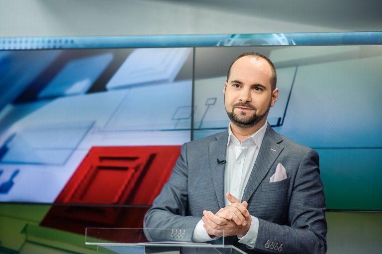 """Politicianul de """"tip nou"""", în vacanță în Caraibe. Silviu Mănăstire: Dan Barna, asemenea baroneților PSD din Moldova"""