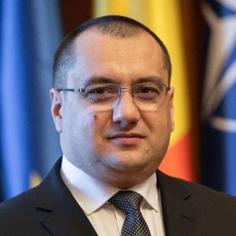 Cristian Terheș atrage atenția: Ce informații despre voi vor fi stocate pentru 'certificatul verde digital'?