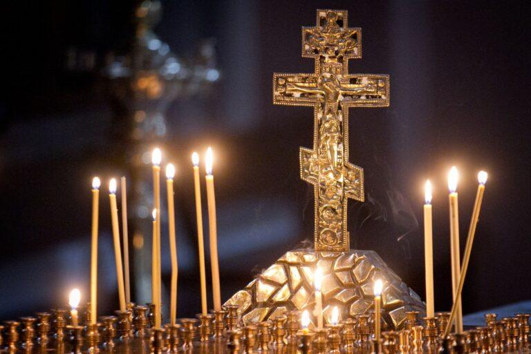 BOR: 'Slujbele religioase de Paști se vor desfășura normal, cu respectarea riguroasă a tuturor măsurilor sanitare'